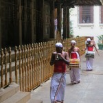 聖地キャンディの仏歯寺