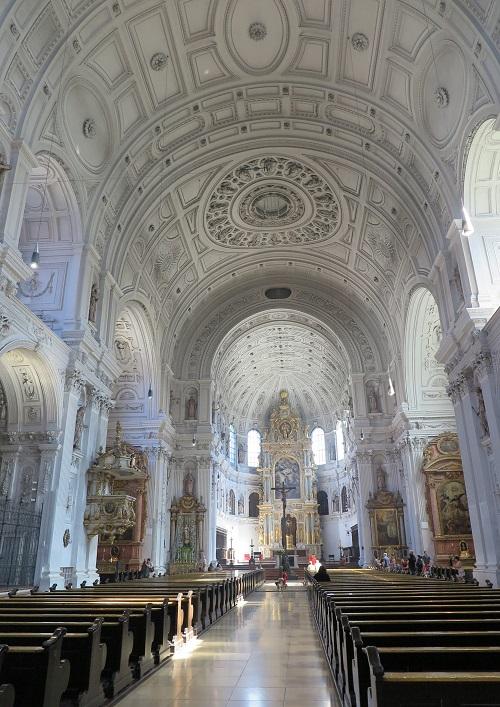 munich 1 Michaelskirche2