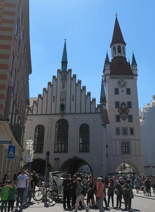 munich 2 townhall square