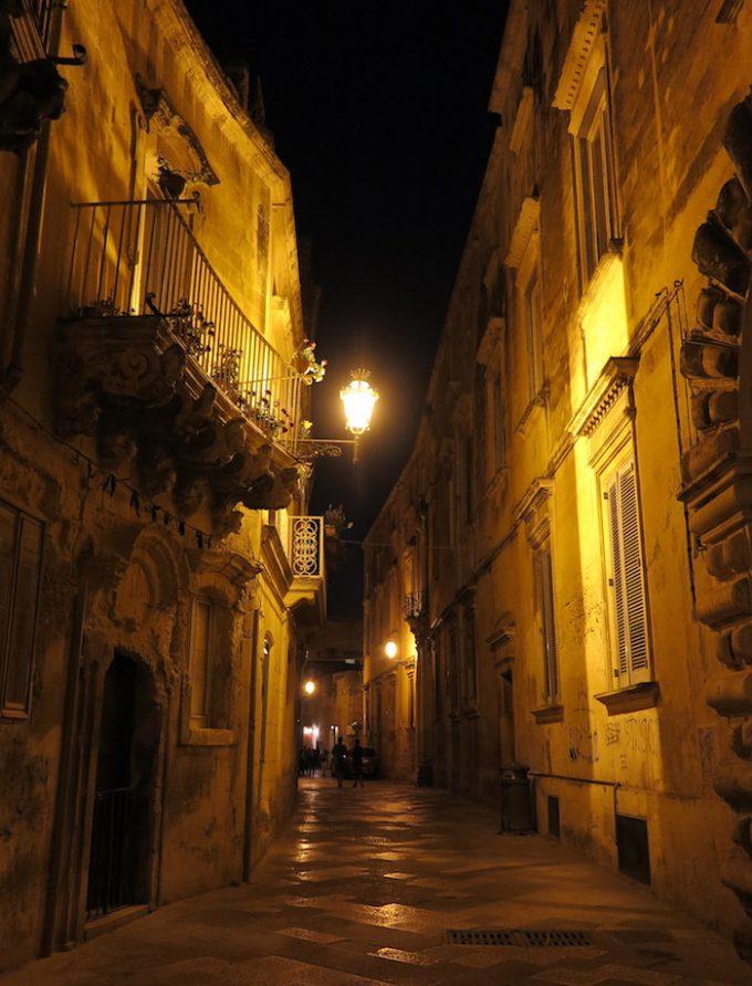 lecce 6b night