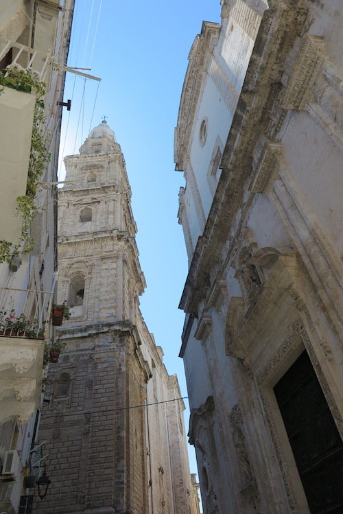 monopoli oldtown 12 church belltower
