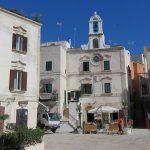 アドリア海に面した可愛い町ポリニャーノ・ア・マーレ